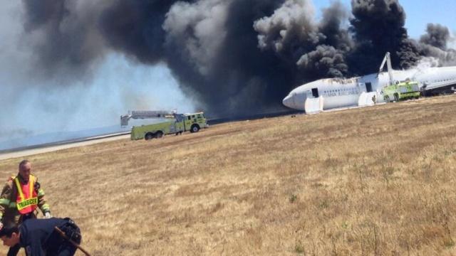 Пассажиры разбившегося Boeing рассказали о чудесном спасении