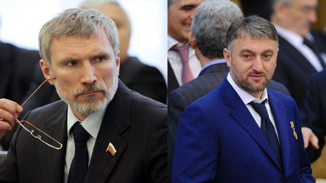 Единороссы Журавлев и Делимханов устроили потасовку в здании Госдумы