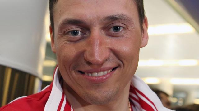 Герой Олимпиады Легков выиграл бронзу в лыжном марафоне
