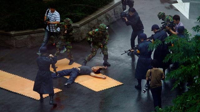 В Южной Корее схватили убившего 5 сослуживцев дезертира