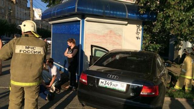 В Ижевске пьяный на Audi сбил на тротуаре трех пешеходов