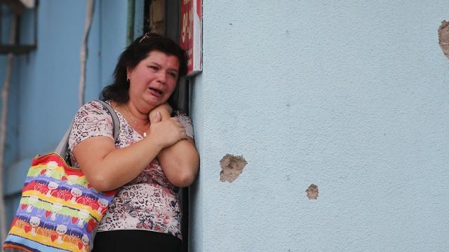Около 70 человек пострадали из-за обстрелов в Луганске