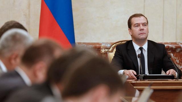 Медведев подписал постановление о квотах на мясо