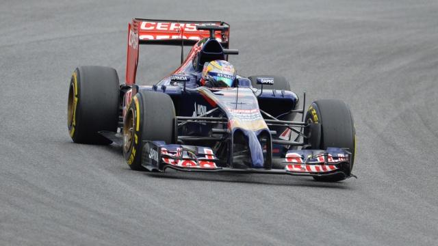 Россиянин Квят попал в десятку на Гран-при Бельгии