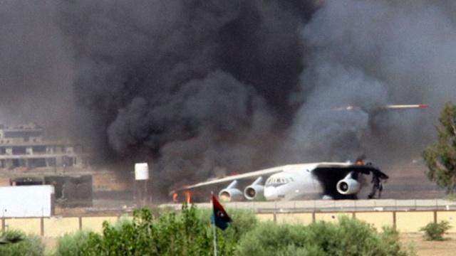 Исламисты полностью уничтожили межуднародный аэропорт в Триполи