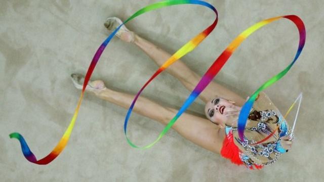 Российская гимнастка Аннекова выиграла золото юношеской Олимпиады