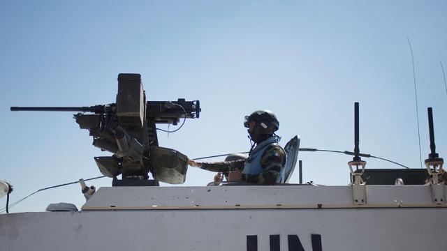 Окруженные миротворцы ООН готовятся к бою у израильской границы