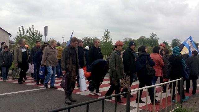 Львовские шахтеры перекрыли трассу из-за многомиллионных долгов по зарплате