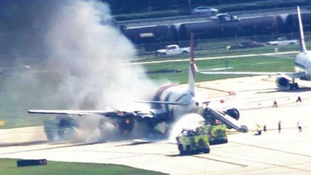 При возгорании Boeing во Флориде пассажиры получили ожоги