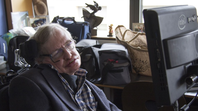 Hawking and Milner will start the nanorobot to alpha Centauri