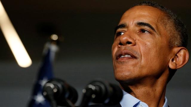 Обама осудил Трампа за оскорбительные слова о женщинах