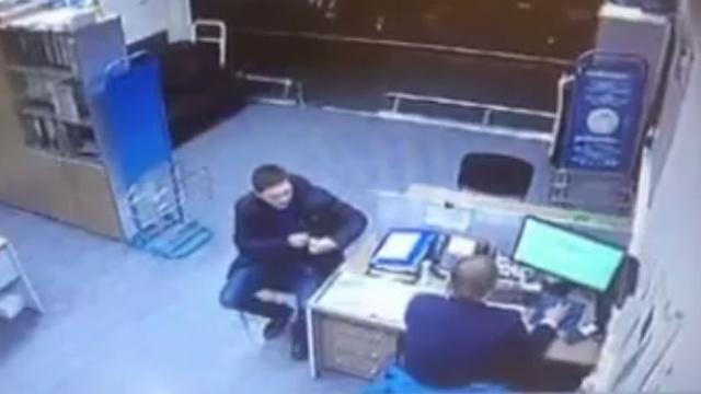 Полиция поймала дебошира, избившего сотрудника авиакомпании во Внуково