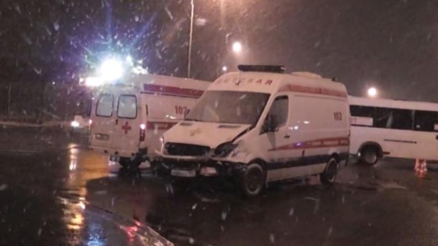 вечер скорая попала дтп москве трое пострадавших
