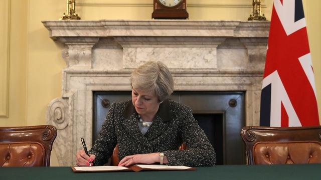 тереза мэй подписала письмо запуске процедуры brexit