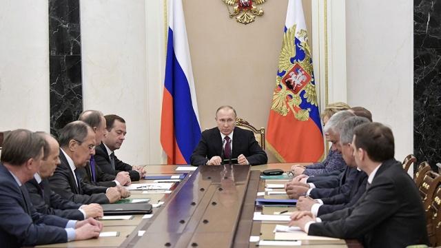 Путин обсудил с членами Совбеза удар США в Сирии