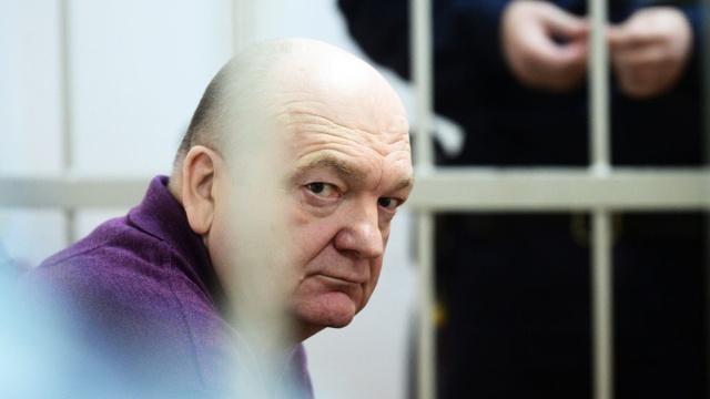 Экс-глава ФСИН Реймер получил 8 лет за мошенничество с браслетами