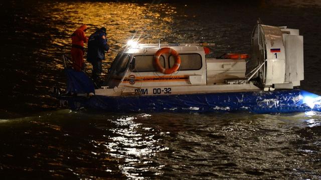 Пропавших на Ладожском озере подростков ищут более 120 человек