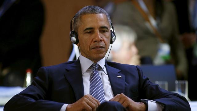 """СМИ: Обама планировал внедрить """"цифровую бомбу"""" в российскую инфраструктуру"""