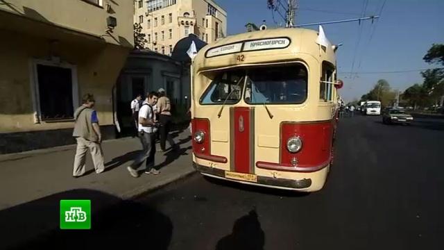 День транспорта в Москве отметят велопарадом и смотром ретроавтомобилей