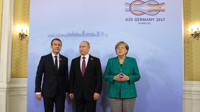 Песков: Путин разъяснил Макрону и Меркель позицию России по Украине