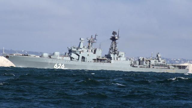 Российский корабль Вице-адмирал Кулаков вошел в Средиземноморье