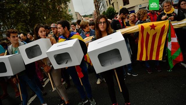 В Каталонии намерены объявить о независимости, если Мадрид помешает проведению референдума