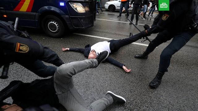 Число пострадавших в результате беспорядков в Каталонии превысило тысячу человек