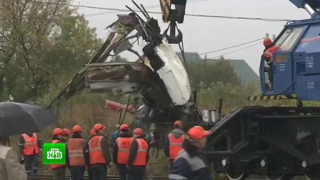 Трагедия под Владимиром: пассажиры протараненного поездом автобуса погибли во сне