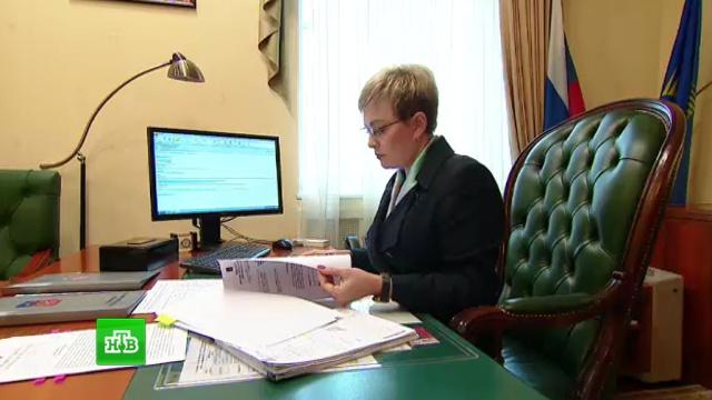 Губернатор Мурманской области рассказала, когда успевает варить борщ