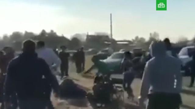 Во время гонок на Кубани квадроцикл врезался в зрителей: видео