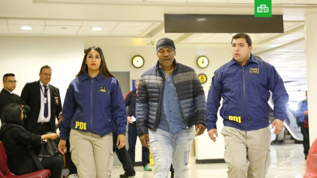 Майку Тайсону запретили въезд в Чили