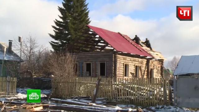 Жители поселка в Башкирии своими руками строят дом для 91-летней погорелицы