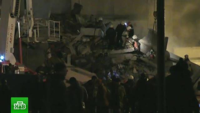 Под завалами дома в Ижевске могут находиться еще два человека