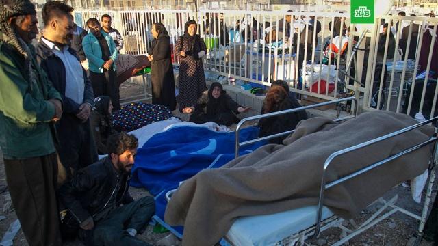Число жертв землетрясения в Иране превысило 400