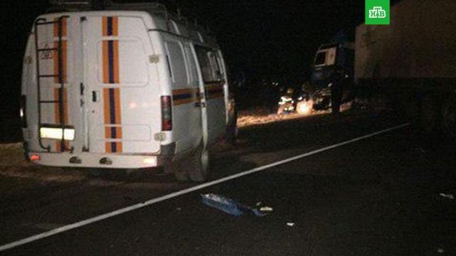 В Орловской области 3 человека погибли в аварии с участием грузовика