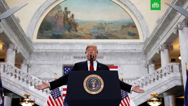 Верховный суд США восстановил действие иммиграционного указа Трампа