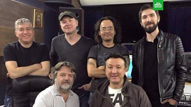 Казахстанская рок-группа выступит в Кремле с песней на стихи Рогозина