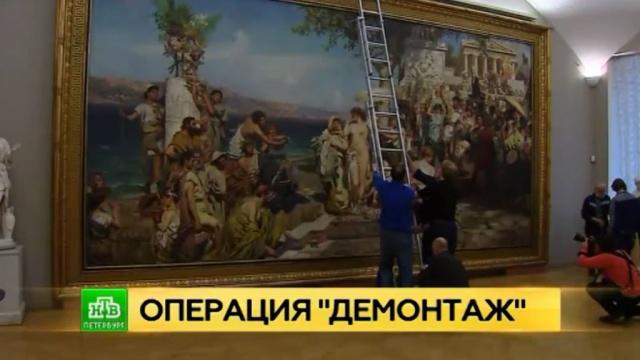 В Русском музее устроили переезд для масштабного полотна Генриха Семирадского
