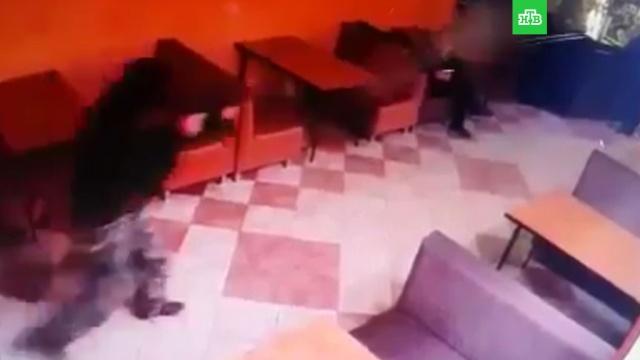 стрельбу кафе кубани сняли камеры наблюдения видео