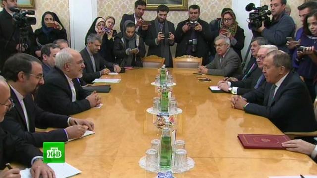 Лавров обсудил с главой МИД Ирана будущее ядерной сделки