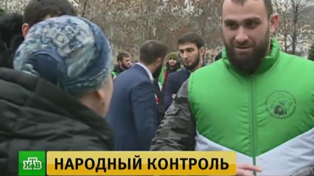 На улицы Грозного вместе с полицией вышли народные дружинники