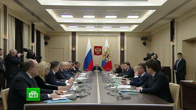 Глава Минтранса рассказал Путину о новогодних путешествиях россиян