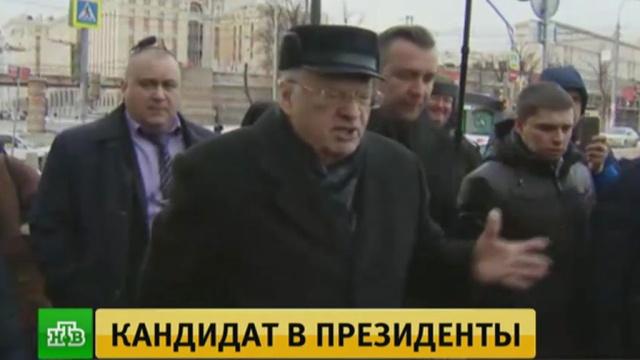 Жириновский устроил облаву на московских таксистов-нелегалов