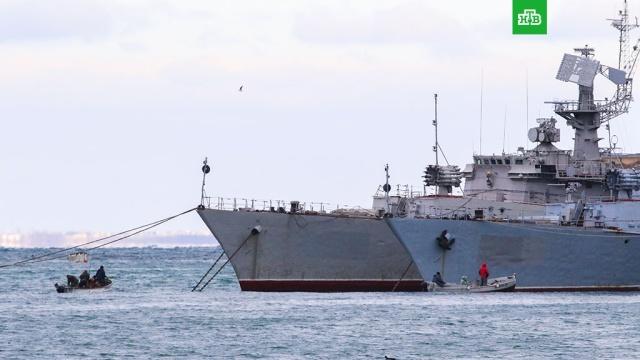 Песков призвал Киев дать четкий ответ по военной технике в Крыму