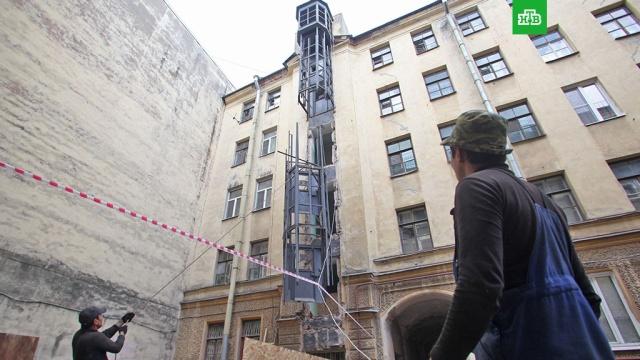 В московских домах заменят почти три тысячи лифтов в 2018 году