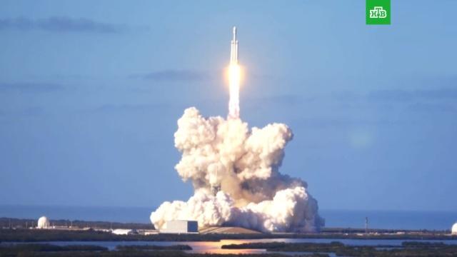 Сверхтяжелая ракета-носитель Falcon Heavy стартовала с мыса Канаверал