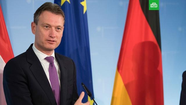 Глава МИД Нидерландов признался в многолетней лжи о встрече с Путиным