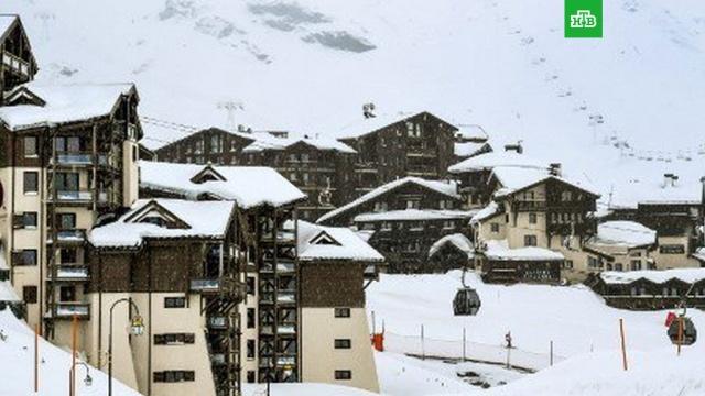 Двое туристов погибли при сходе лавин во Французских Альпах