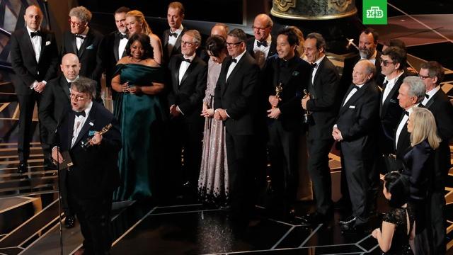 Главную премию Оскар получила лента Форма воды