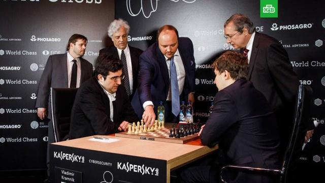 Крамник и Карякин сыграли вничью во 2-м туре турнира претендентов на шахматную корону